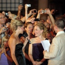 Gillian-Anderson-Hair-by-Marina-Sršen-Glamorous-Weddings-Dubrovnik-5